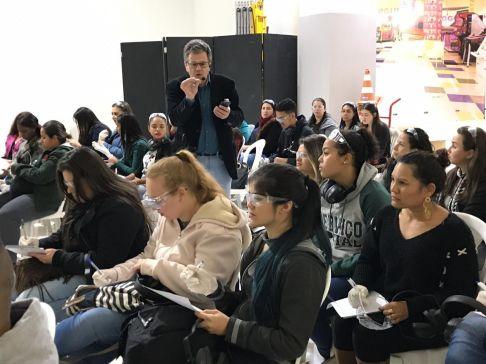 Shopping Nações Limeira sedia projeto Idoso por Um Minuto