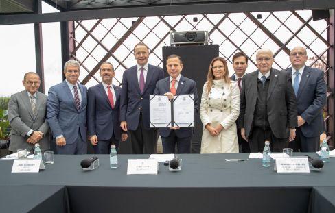 SP confirma investimento de R$ 1 bi da Nestlé e parceria para formar jovens