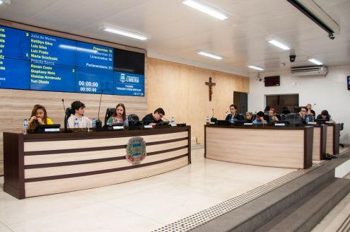Vereadores juniores de Limeira apresentam novos requerimentos e indicações