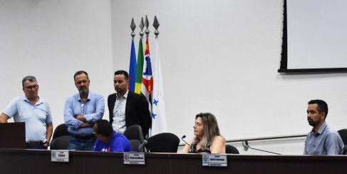 """Representantes do Senai fala sobre a semana """"Inova Indústria"""" durante a Sessão em Cordeirópolis"""