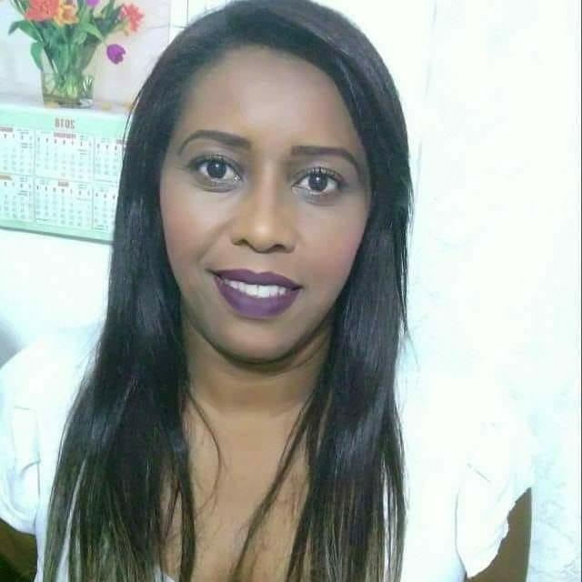 Janaína Elisa Ribeiro da Silva