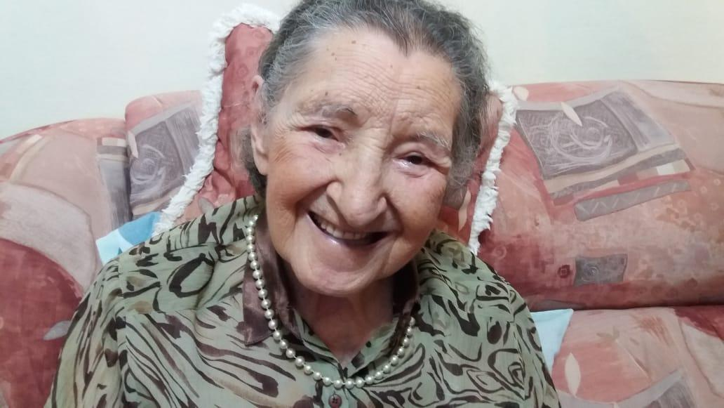 Júlia Fagundes Ferro