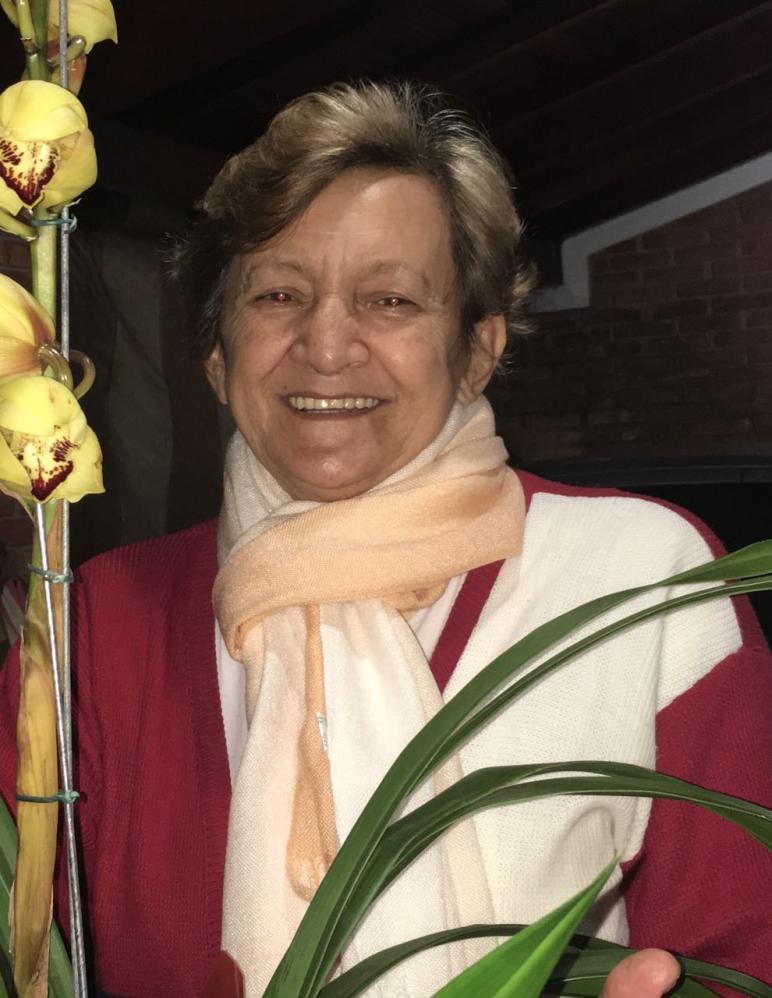 Iris Lúcia da Cunha Bernardini