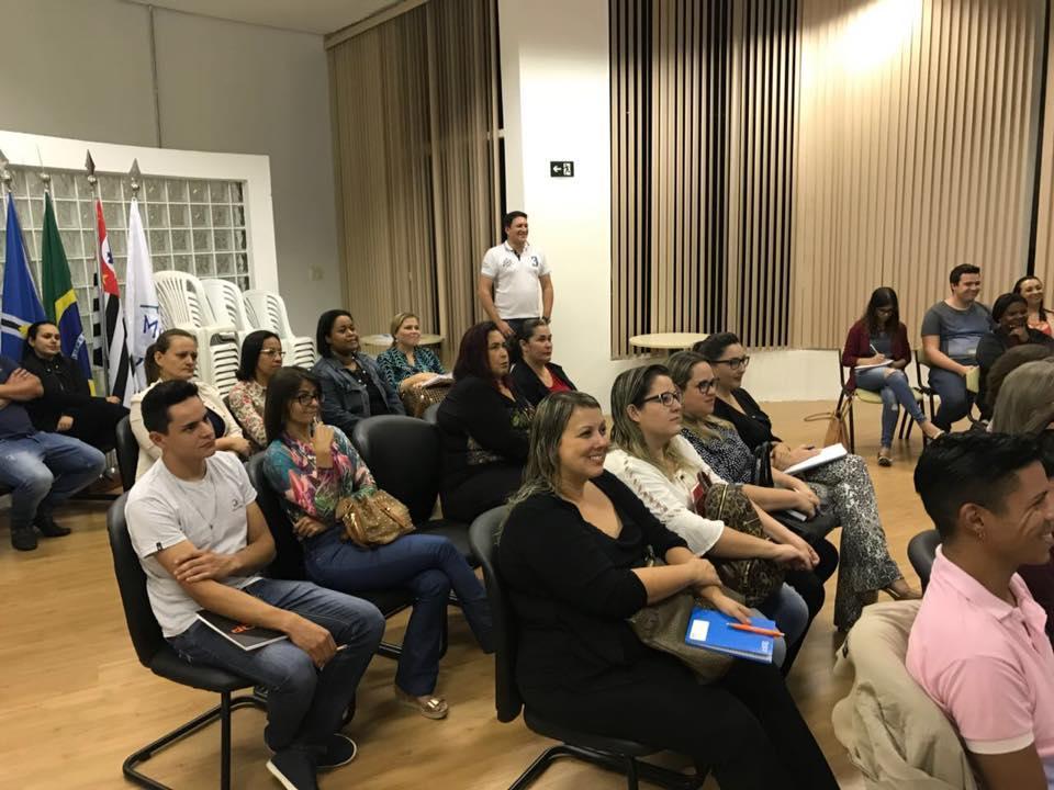 Prefeitura capacita cerca de 40 pessoas em oficina sobre marketing e expansão de negócios