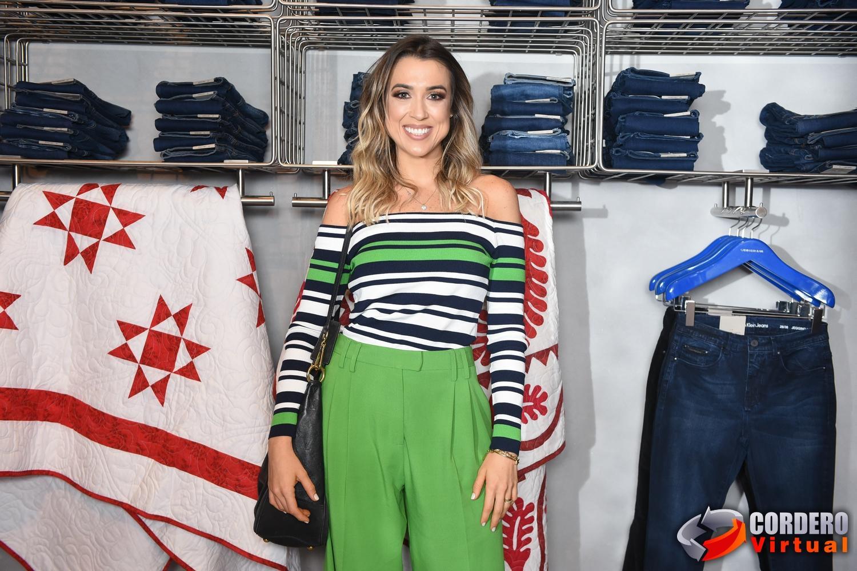 Calvin Klein inaugura primeira flagship store em São Paulo com presença de  celebridades. A festa contou com convidados especiais e parceiros da marca  vindos ... 605ba79a7e