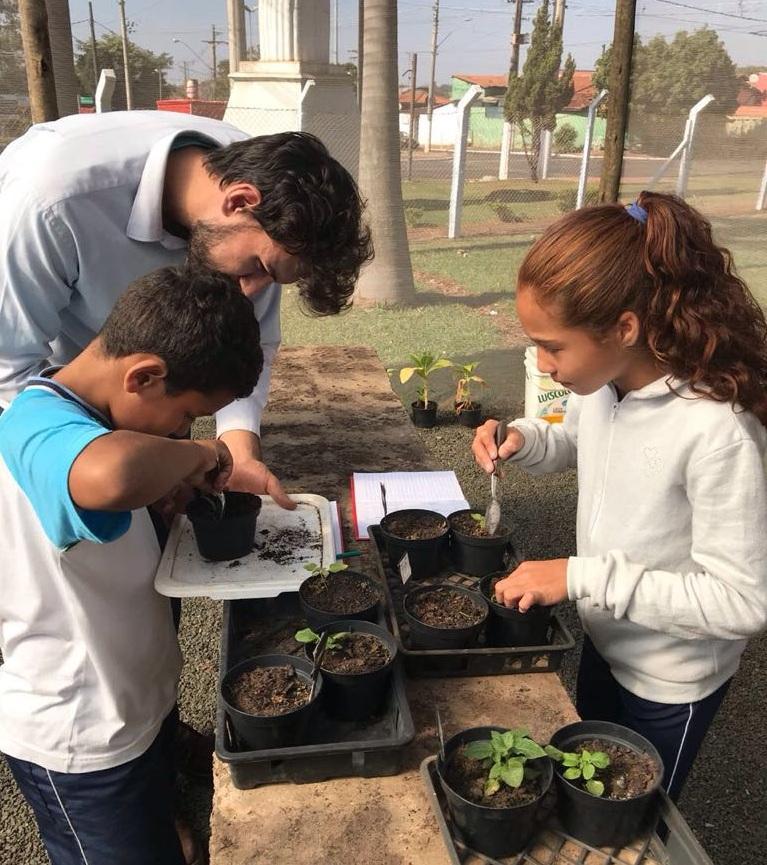 """""""Plantando Batata com Ciência"""": Projeto que encantou crianças do 4° ano teve seu encerramento na última semana"""