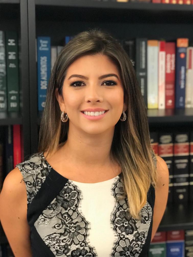 Advogada Maria Julia