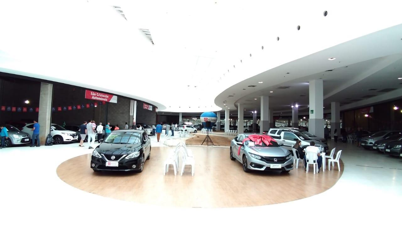 Shopping Nações recebe feirão com mais de 400 veículos