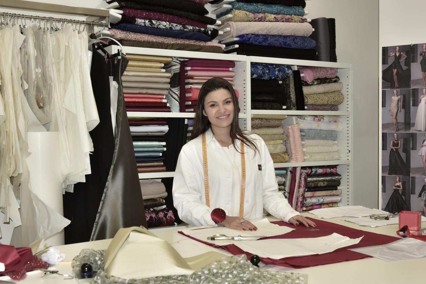 A estilista amazonense Daniela de Souza, vive seu sonho de Cinderela em Milão