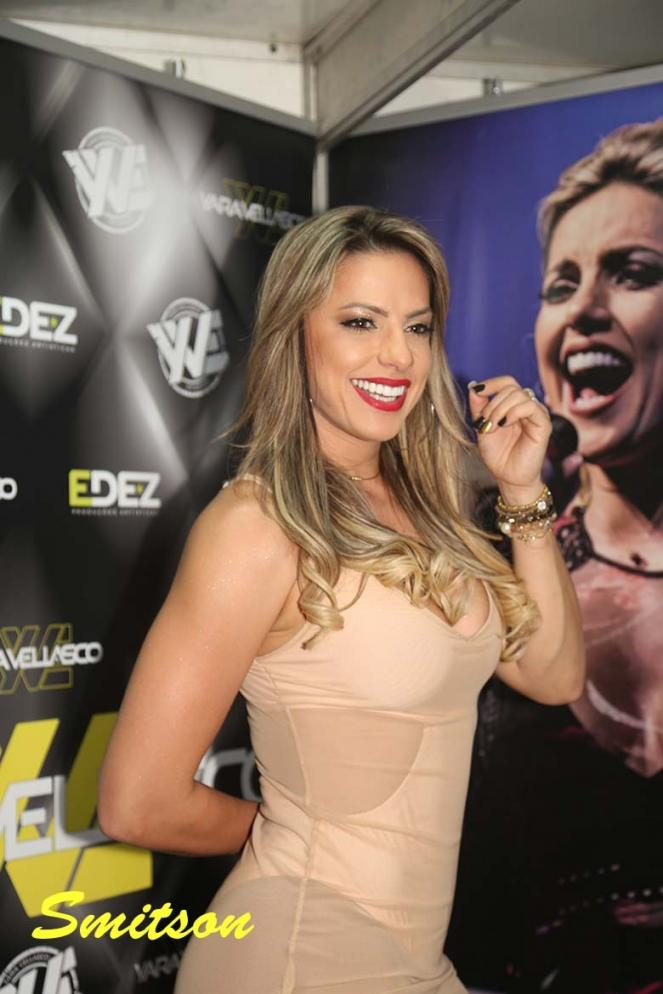 Luiz Carlos, do Raça Negra, elogia voz da cantora Yara Vellasco, o