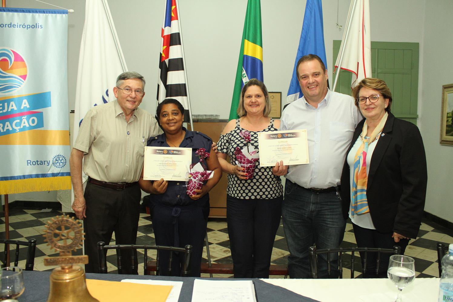 Rotary Club de Cordeirópolis realiza reunião festiva e faz doações a entidades