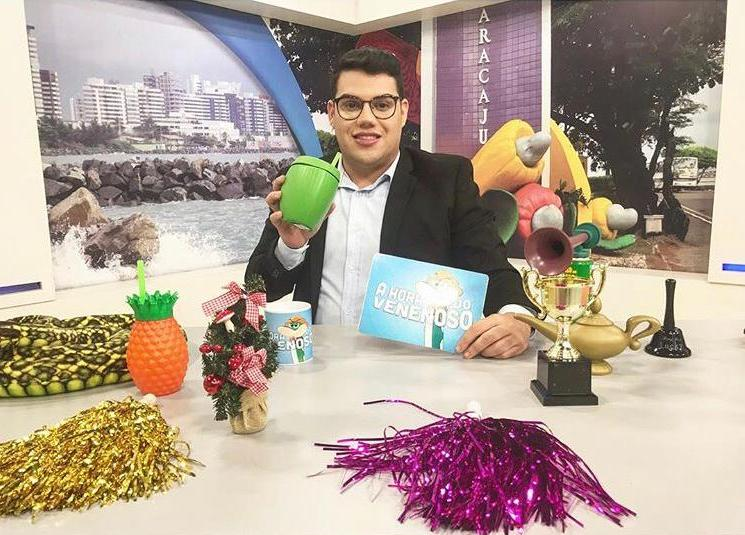 Erick Ricarte fala sobre o sucesso do programa A Hora do Venenoso