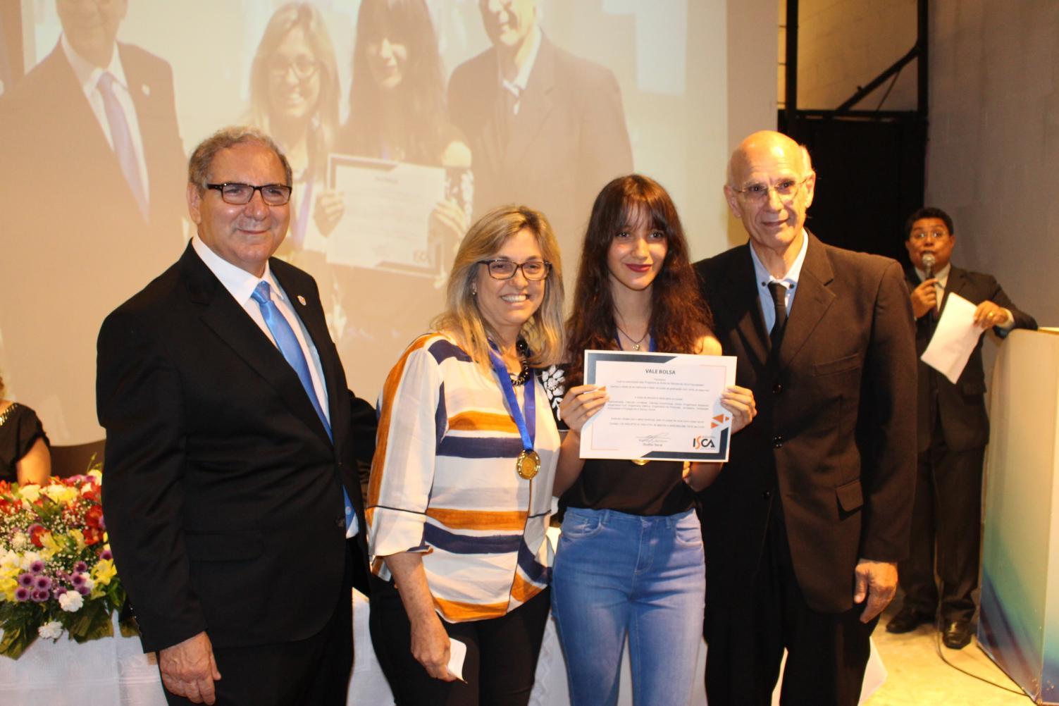 Rotary premia os melhores alunos da escola pública de Limeira