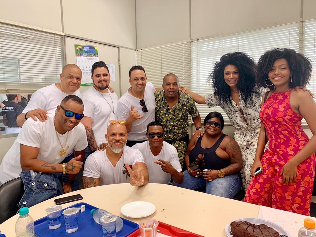 Jojo Todynho, Simone Sampaio e outros famosos em Natal Solidário
