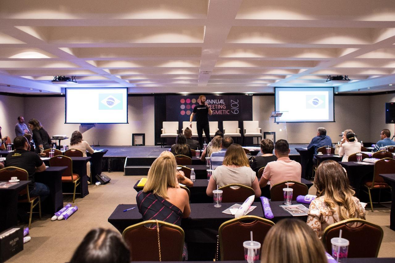 Annual Meeting Cosmetic é realizado com presença de empresários de todo o Brasil