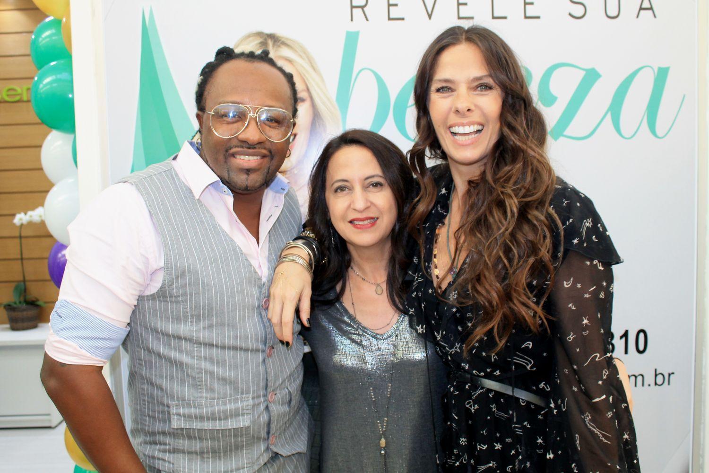 Adriane Galisteu e Claudinho Negritude Jr prestigiam inauguração de Clinica de Estética