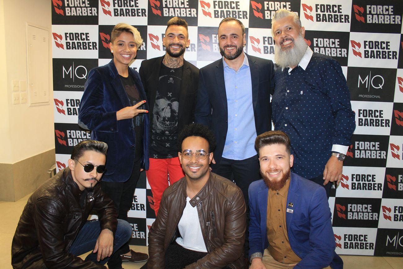 Salão Gilberto Cabeleireiros realiza coquetel de lançamento da marca Force Barber