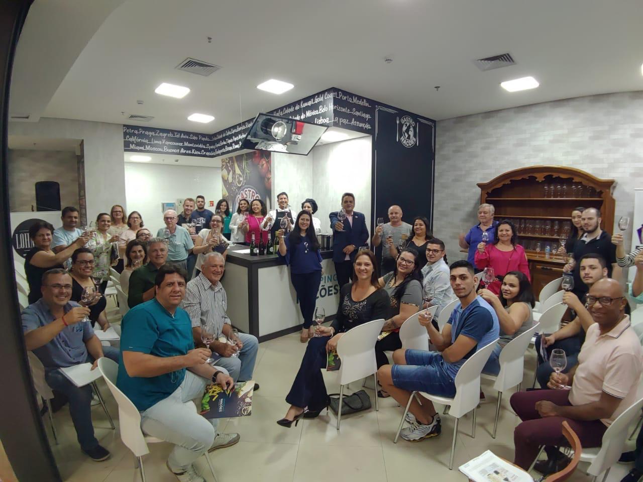 Empório São Francisco promove workshop sobre vinhos no Shopping Nações