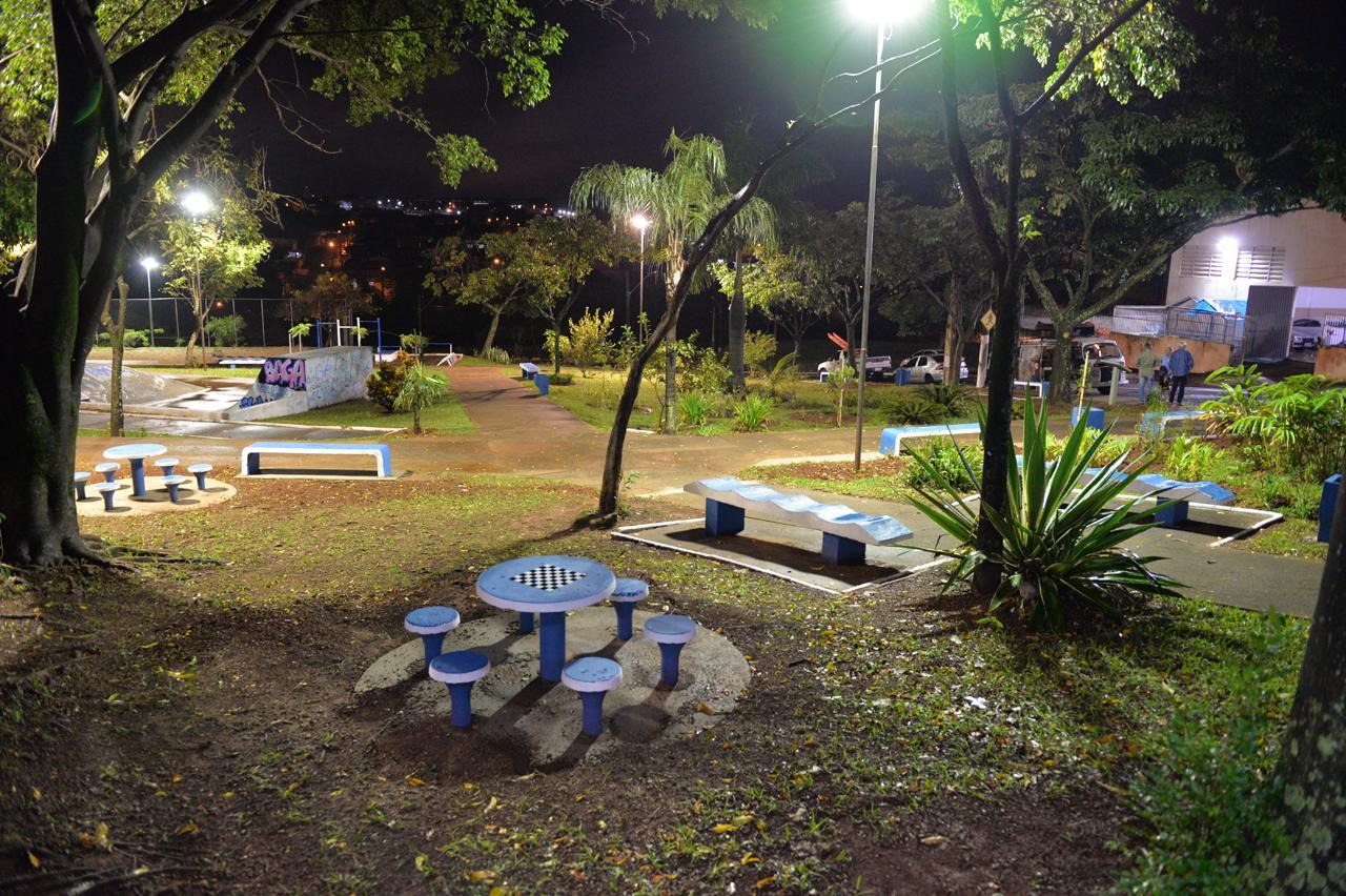 Praça no Parque Hipólito em Limeira recebe o nome da padroeira