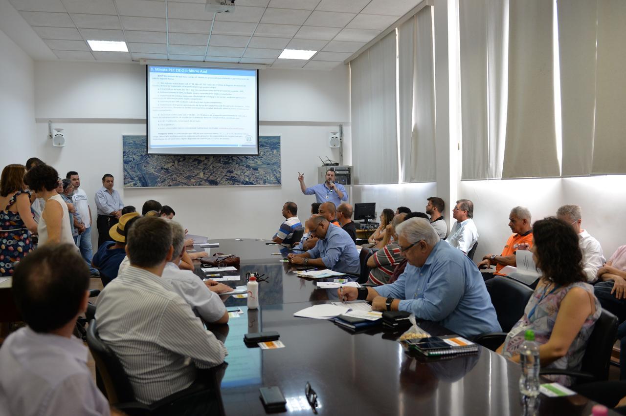 Complan se reúne e discute área para habitação e Plano Diretor em Limeira