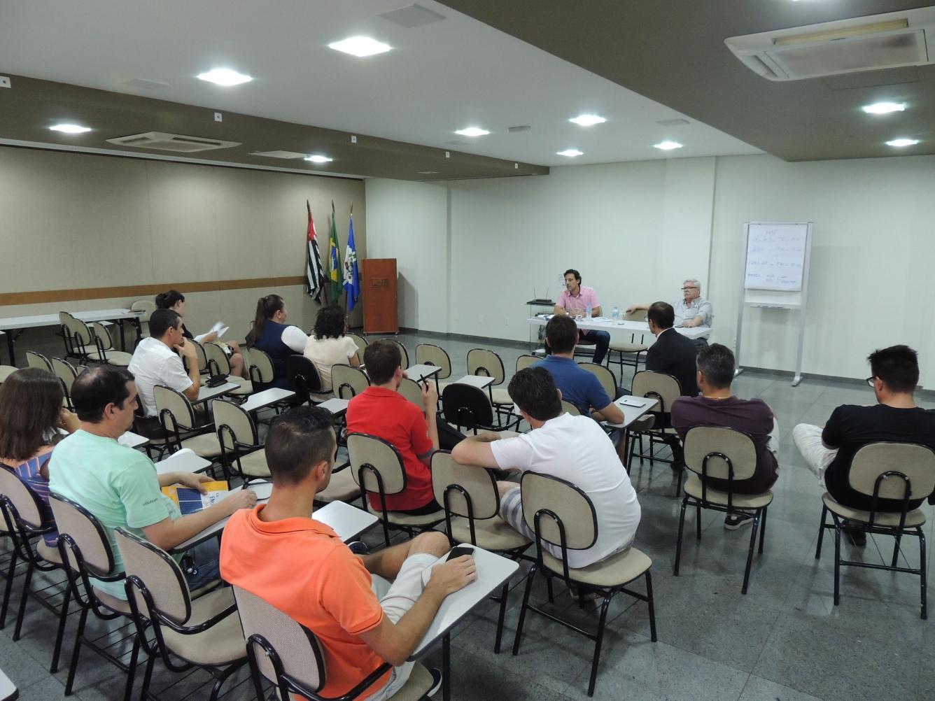 Comerciantes definem novo horário de funcionamento em Limeira
