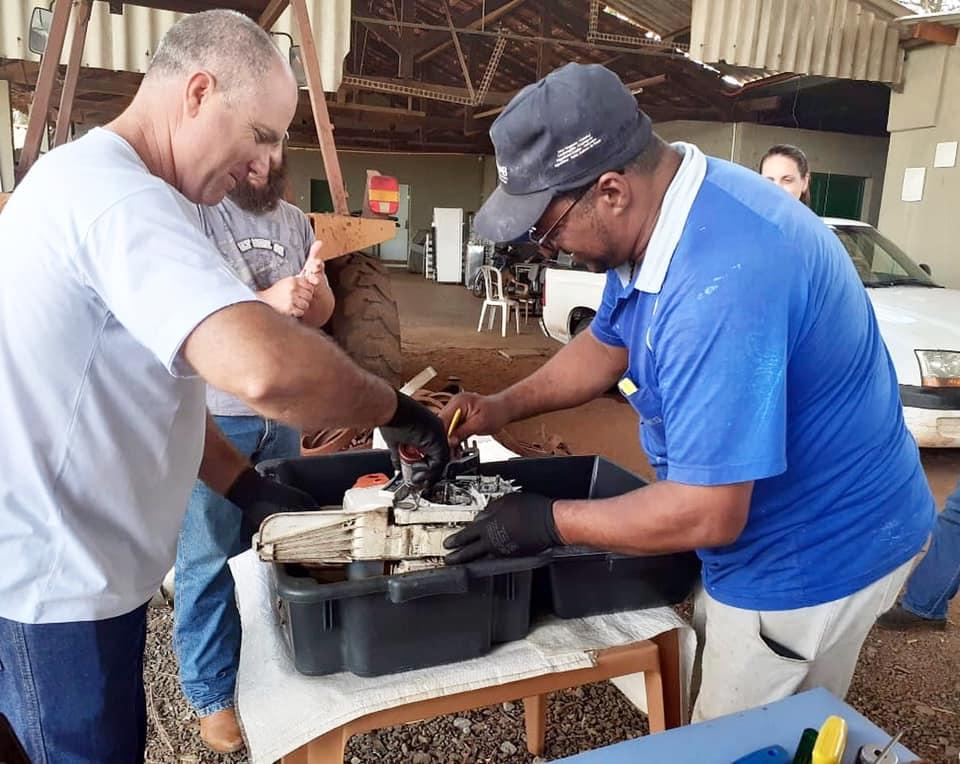 Dez alunos finalizam o curso de Operação e Manutenção de Motosserra em Cordeirópolis