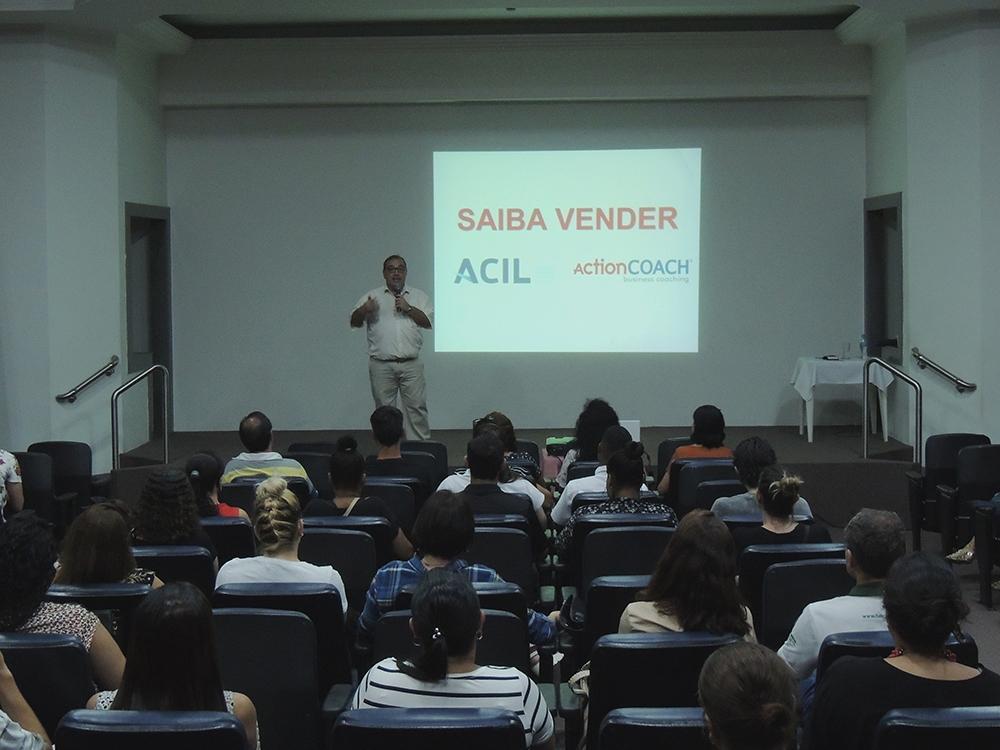Capacitação para vendas é realizada com sucesso na ACIL Limeira