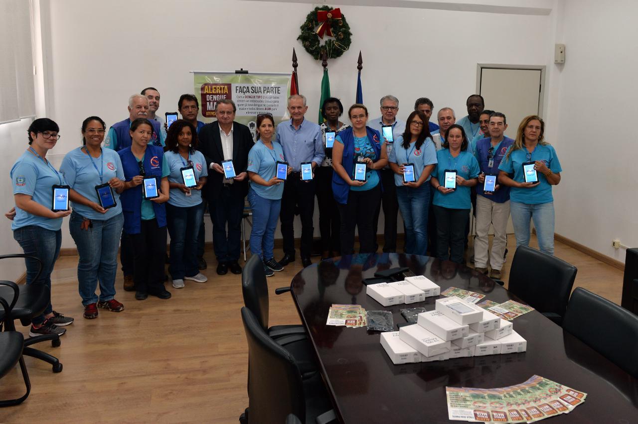 Tablets são novas ferramentas para controle da dengue em Limeira