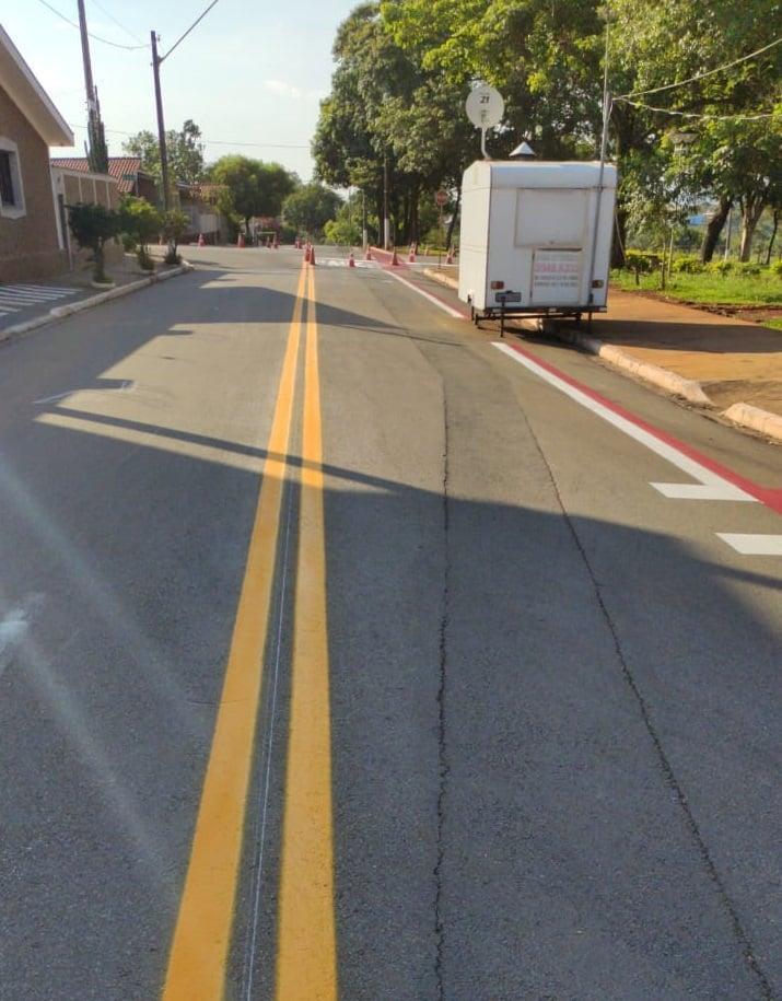 Prefeitura realização manutenção na sinalização de trânsito em mais dois bairros