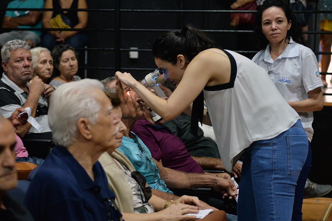 Pacientes realizam pós-operatório no Teatro Nair Bello em Limeira