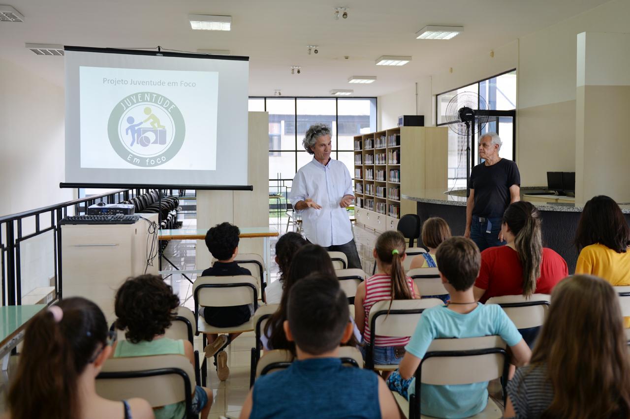 Oficina de fotografia dá início à programação de férias em Limeira