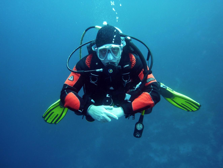 Curso de mergulho no Centro de Lazer do Trabalhador em Cordeirópolis