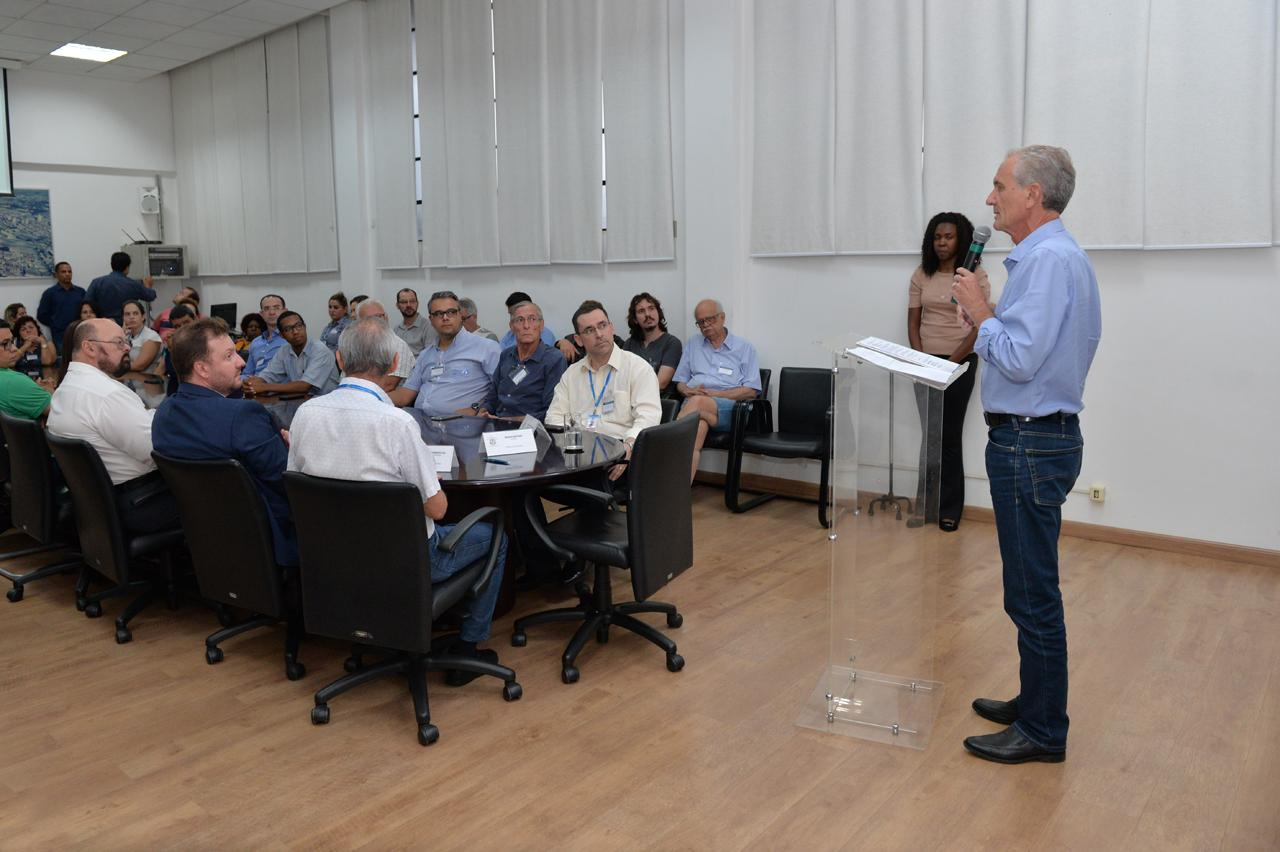 Prefeito de Limeira dá posse para novos conselheiros de Saúde