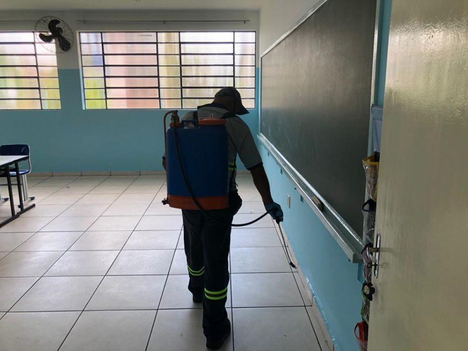 Prefeitura de Cordeirópolis faz dedetização nas unidades escolares antes da volta às aulas