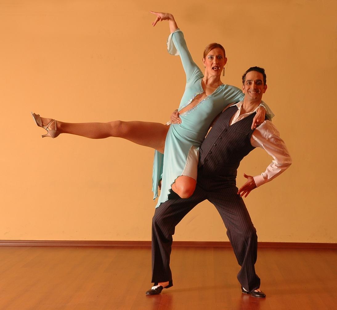 Nosso Clube em Limeira recebe inscrições para o curso de dança de salão