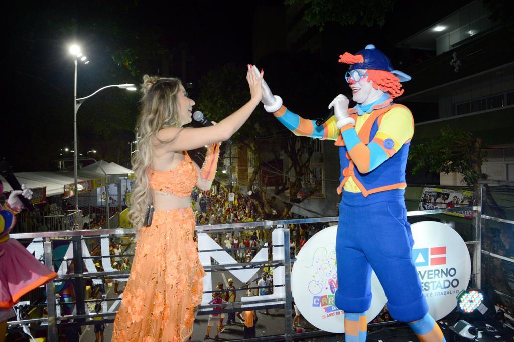 Cantora Luana Monalisa coloca projeto trio elétrico do Vovô Raul Gil no carnaval de Salvador