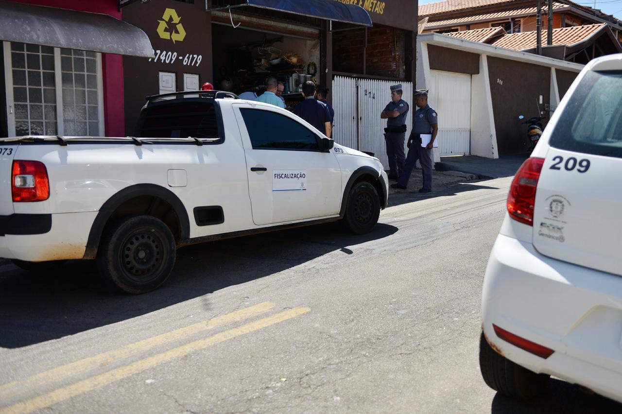 Prefeitura de Limeira coloca fiscais nas ruas para orientar quem desobedecer quarentena