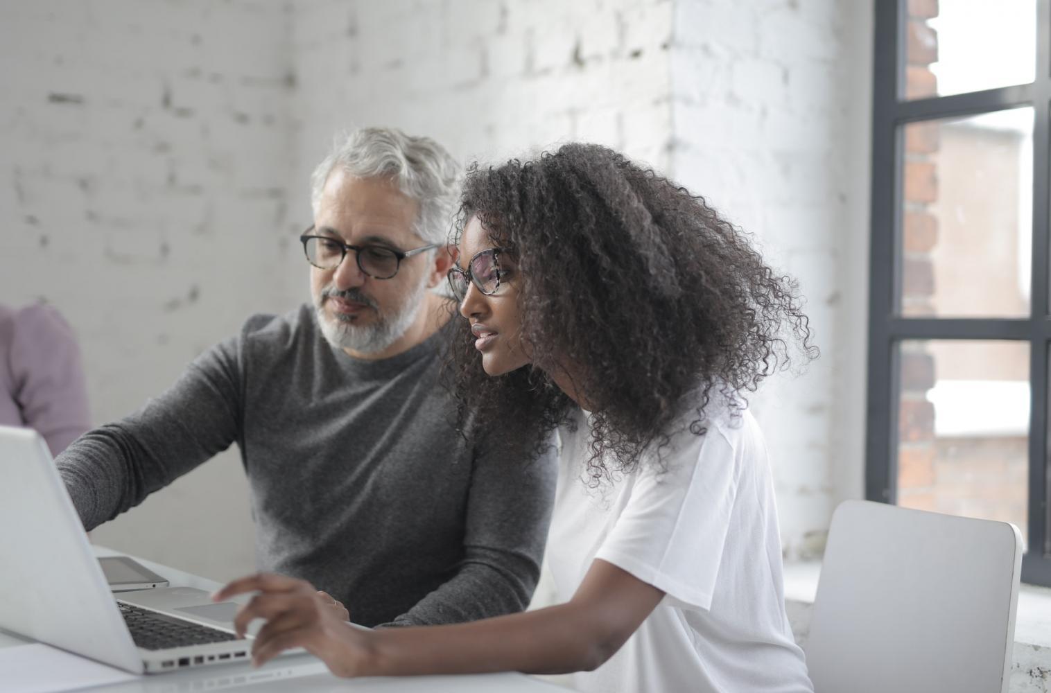"""Programa """"Reinvente-se"""" chega para auxiliar profissionais que perderam emprego"""