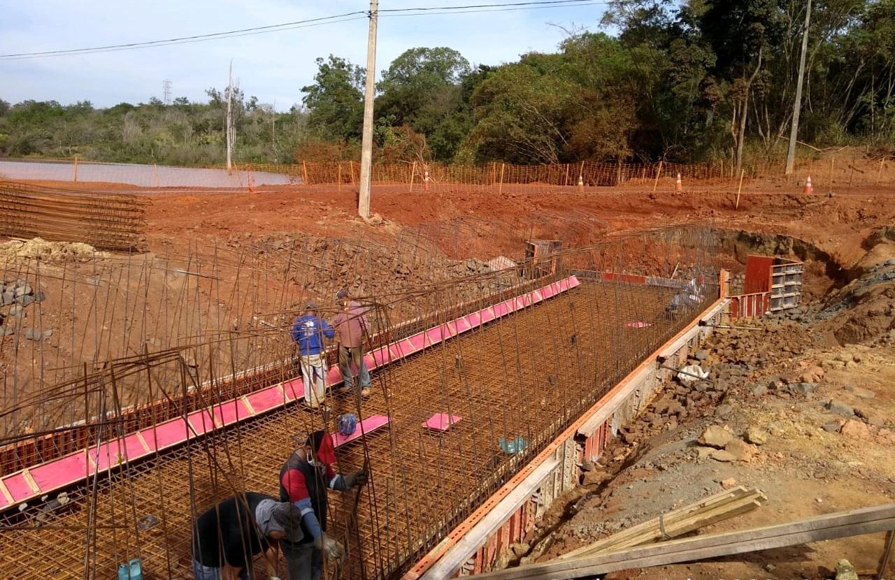 Via Jurandyr Paixão em Limeira recebe serviços de concretagem
