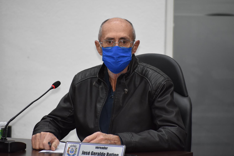 Vereador Botion solicita informações da ETE
