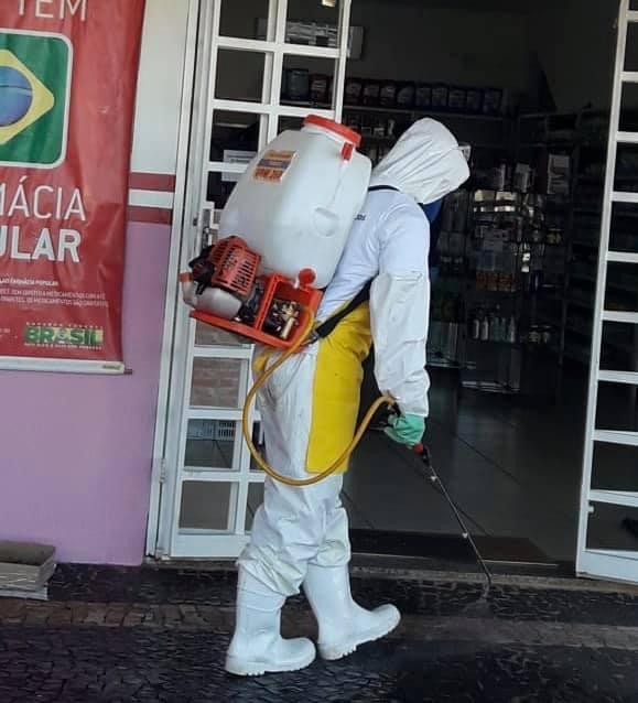 Ruas e avenidas são desinfectadas em Cordeirópolis