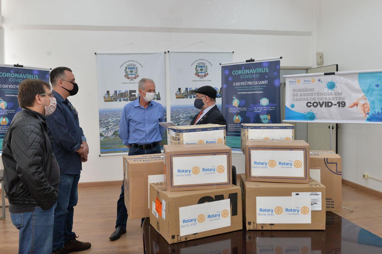 Prefeitura de Limeira recebe doação de EPI's do Rotary Club