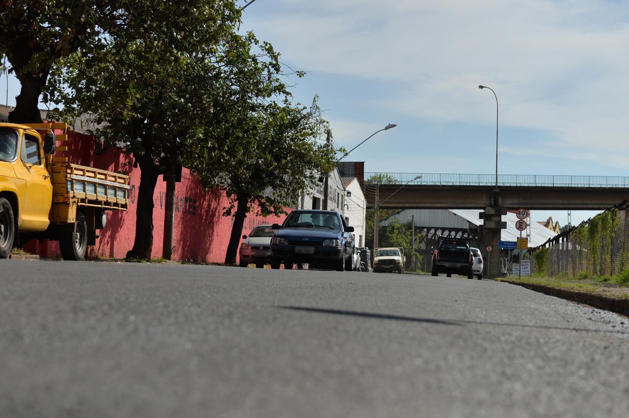 Prefeitura de Limeira realiza recapeamento em trechos das ruas Cunha Bastos e Barão de Cascalho