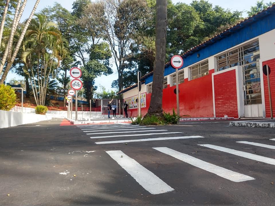 Mini cidade é construída para aulas de educação no trânsito em Cordeirópolis