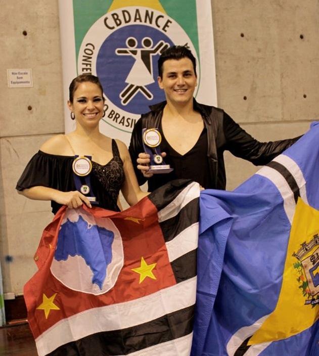 Prof. Tcharles Bianco é árbitro em competição internacional de danças de salão