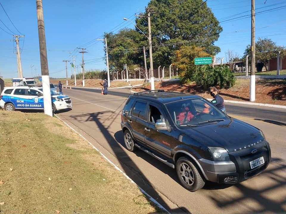 Prefeitura de Cordeirópolis promove barreira sanitária na entrada da cidade
