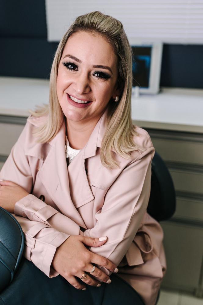 Dra.Roberta Rodrigues é destaque na pandemia utilizando a Teleodontologia