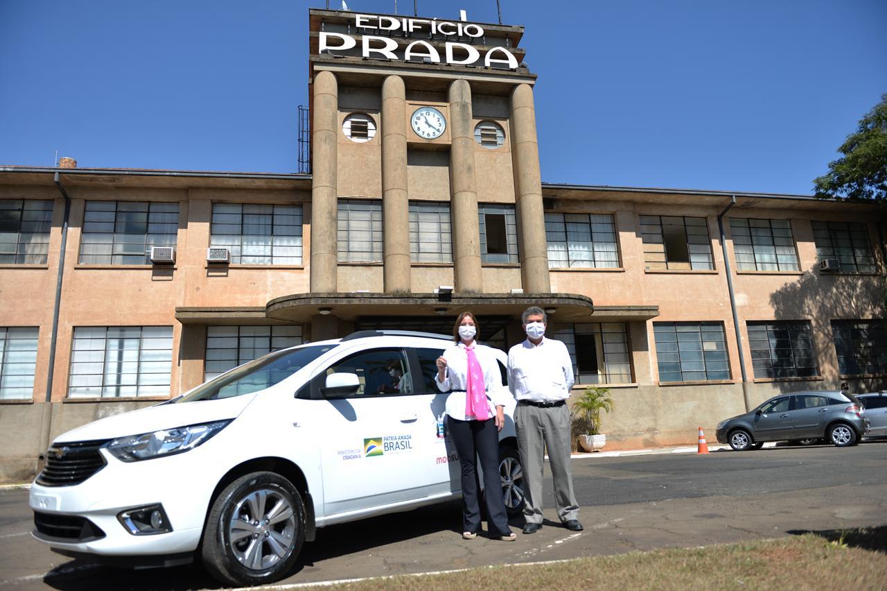 Prefeitura de Limeira repassa veículo zero-quilômetro à Alicc