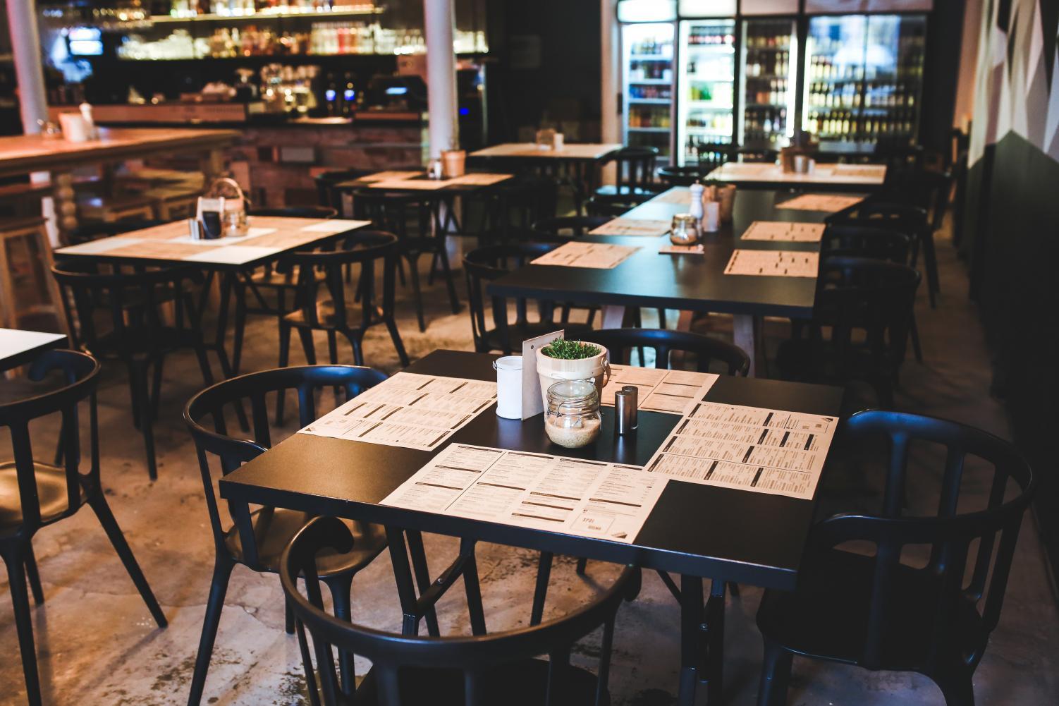 Governo de SP e Sebrae-SP realizam evento online e gratuito do Empreenda Rápido para empreendedores do setor de bares e restaurantes