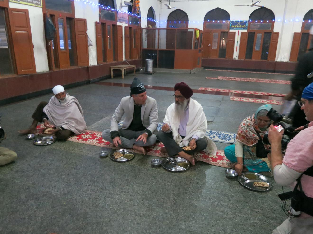 Bourdain explora cultura vegetariana da Índia